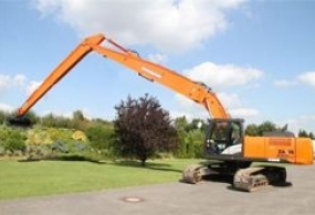 Аренда длиннорукого экскаватора Hitachi ZX250LCH Long Reach