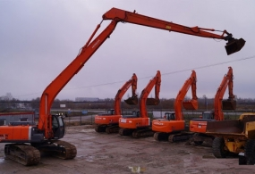 Аренда длиннорукого экскаватора Hitachi ZX200 Long Reach